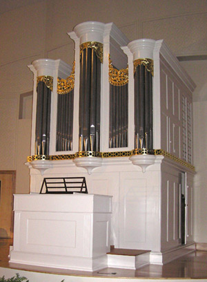 Tannenberg organ, Old Salem, North Carolina: photo by Taylor and Boody organ builders
